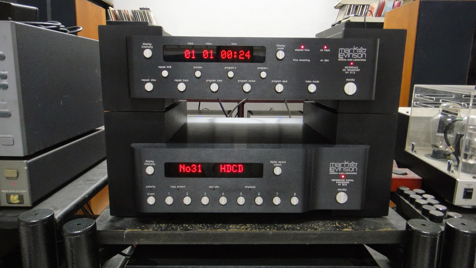 Loy hifi mark levinson no 31 5 cd transport amp no 30 5 dac used sold