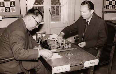 Partida Alberic O'Kelly - Pere Cherta en el Torneo Internacional de Ajedrez Tarragona 1960