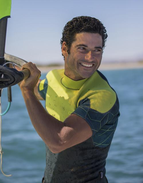 Iván Pastor windsurfista