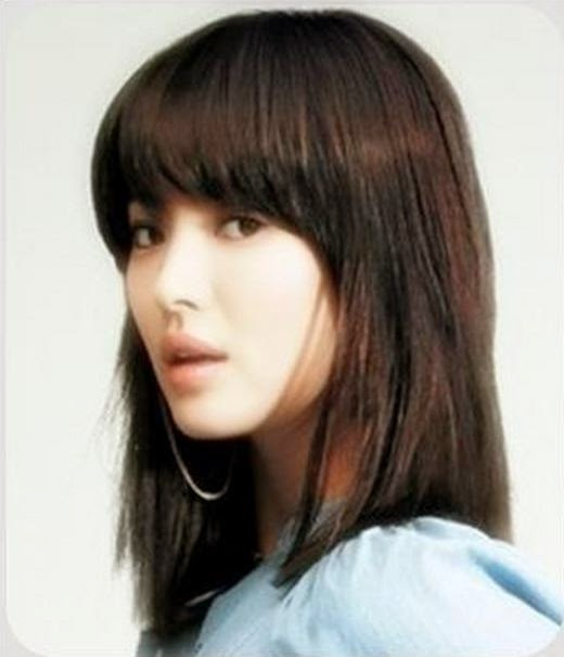 model rambut sebahu 12