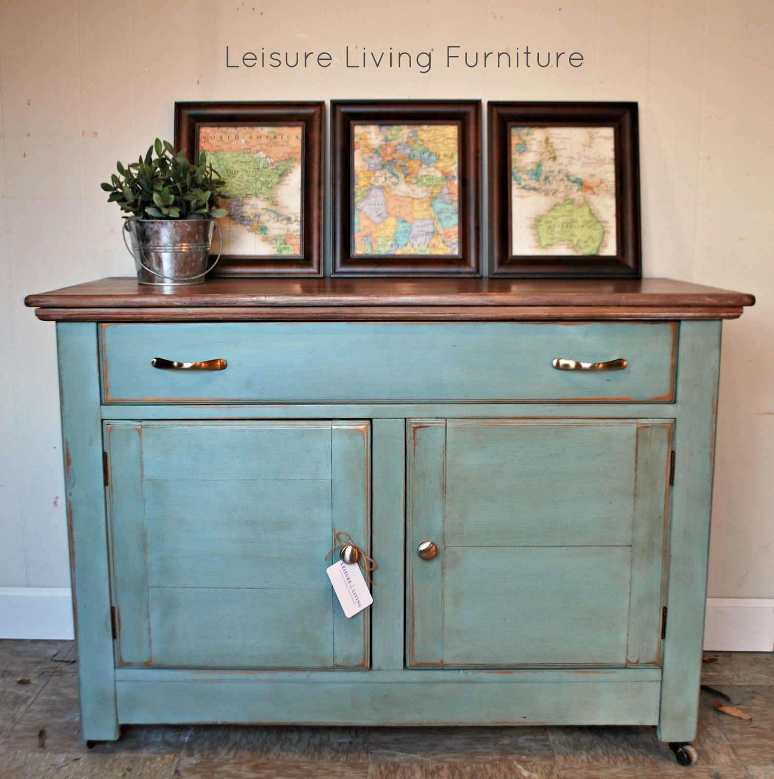 Leisure Living Entryway Cabinet