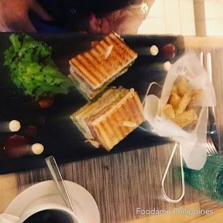 South Palms Resort Panglao - Oceanica Seafood Restaurant salmon sandwich