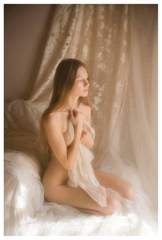 Vivienne Mok fotografia Ania Alexandrovna modelo P magazine nudez seios bundas sensual boudoir fashion