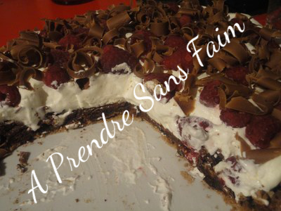 Pavlova au chocolat et aux framboises