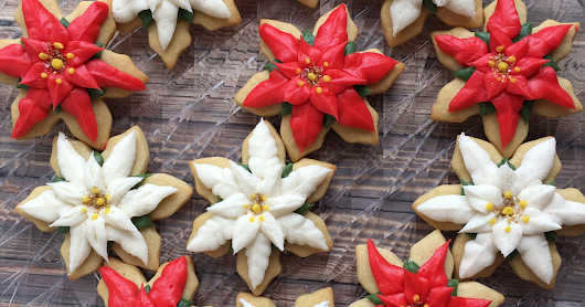 How to make Poinsettia cookies - Buttercream or Royal Icing
