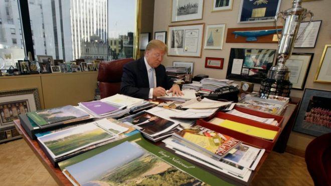 Trump delays announcement on his business empire