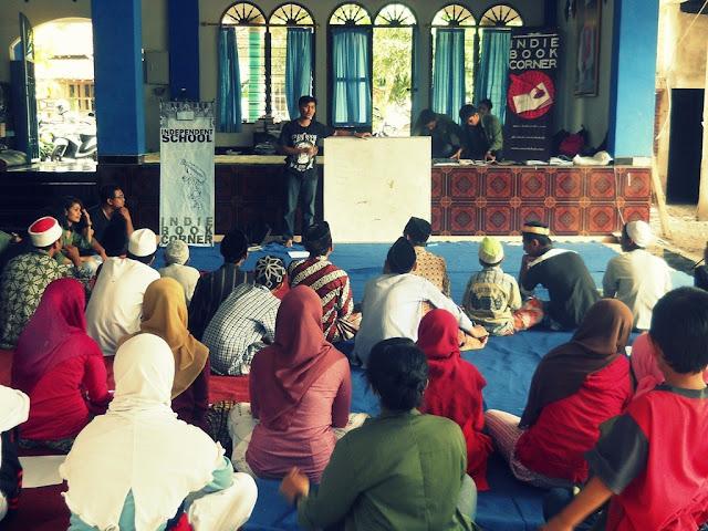 Independent School di Pesantren /Sumber Gambar: Irwan Bajang