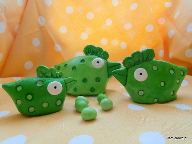 zielone kurki z masy solnej na Wielkanoc