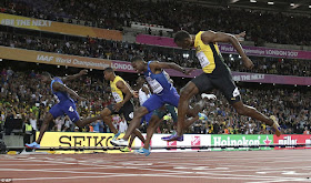 B1 Justin Gatlin Defeats Usain Bolt To Become New World Champion In 100m Sport