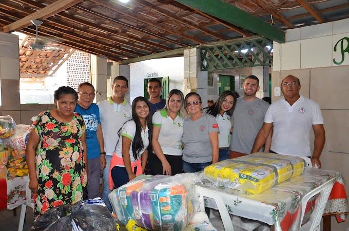Estudantes do IFRN - Campus São Paulo do Potengi fizeram doações ao Lar São Camilo, em São Tomé