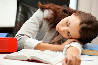 10 Cara Menghilangkan Ngantuk Ketika Sangat Lelah