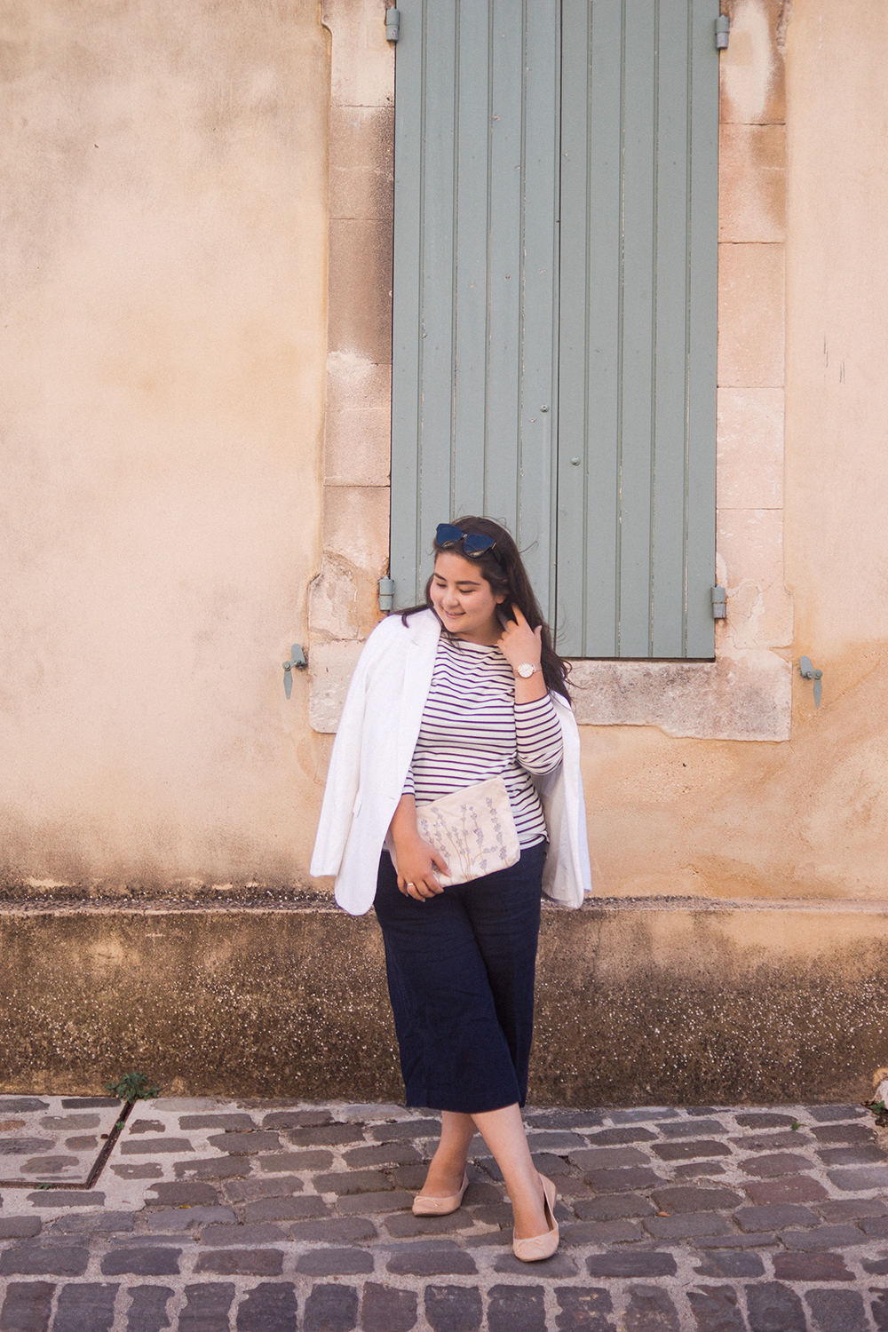 Provence-travel-photo-diary-white-blazer-breton-ootd-Barely-There-Beauty-blog