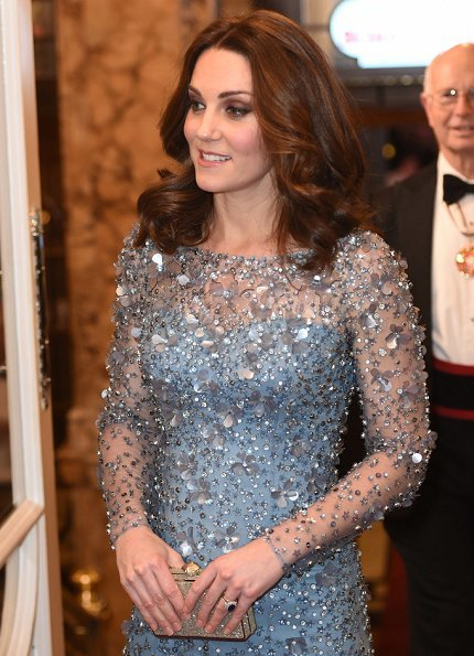 Kate Middleton wore Jenny Packham Gown, Oscar de la Rentacabrina pumps, Jenny Packham Casa Crystal clutch