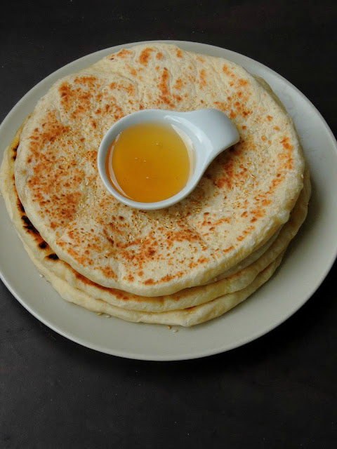 Zanzibar Sesame Bread,Mkate Wa Ufuta