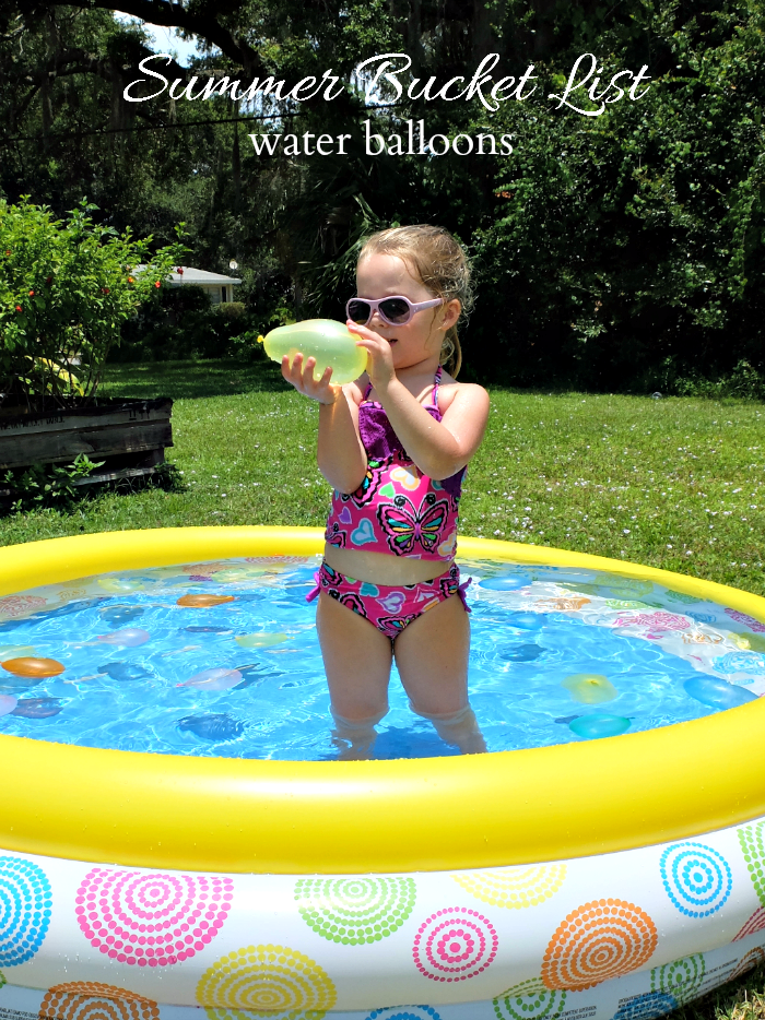 Sweet Turtle Soup - Summer Bucket List | water balloons