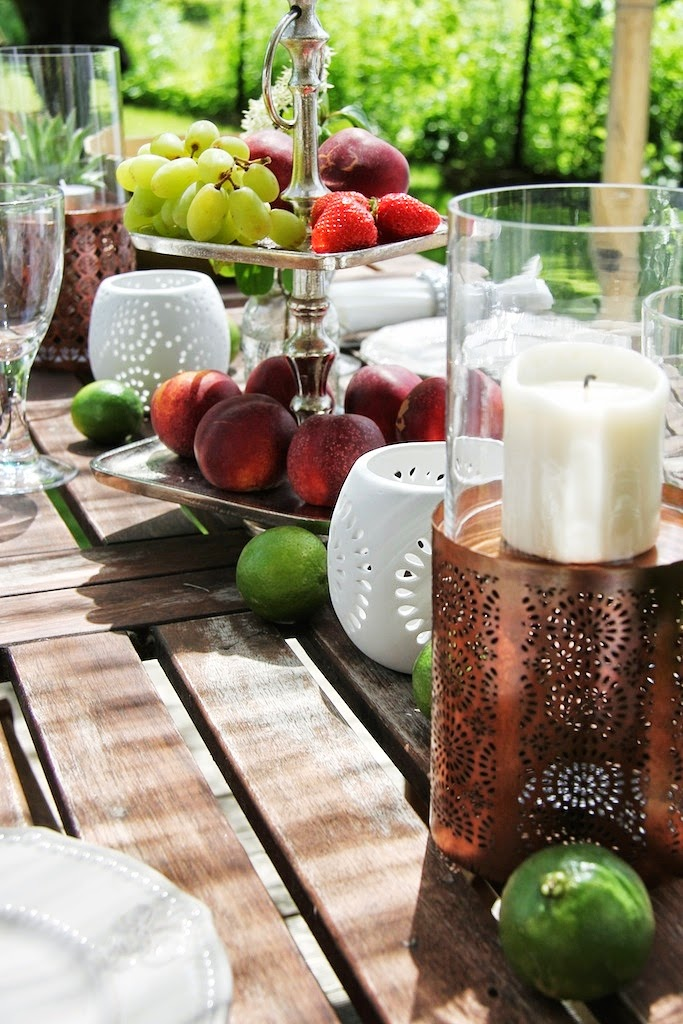 lieblingsidee garden beachhouse and decorating a table aus alt mach neu und sommerliche. Black Bedroom Furniture Sets. Home Design Ideas