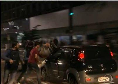 #Anonymous vaza informações do atropelador no protesto na Av. Paulista - #OpPasseLivre