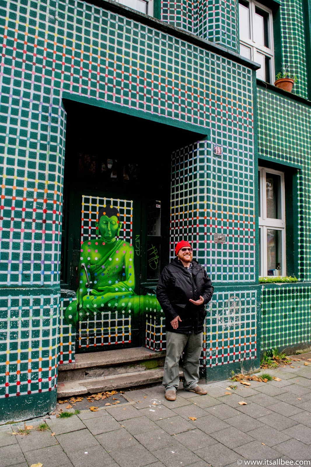 Dusseldorf Kiefernstrasse Street Art | A Colourful Side of Dusseldorf You Need To See