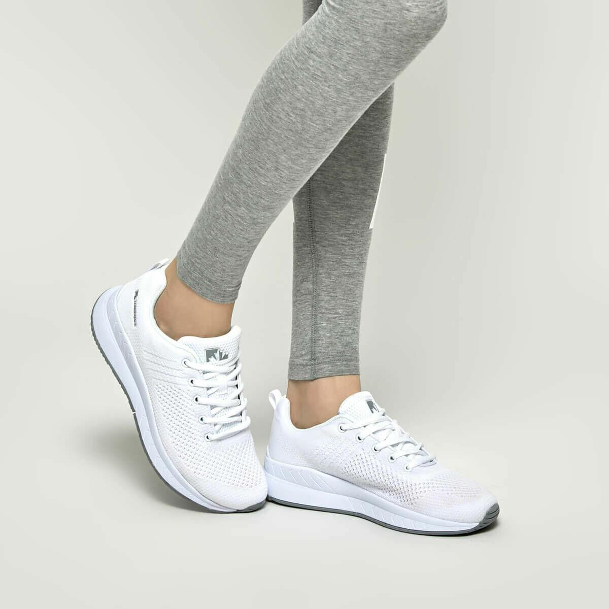 237cf4247b3 En Çok Satan- Bayan Beyaz Spor Ayakkabılar