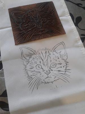 linogravure chat imprime sur tissu