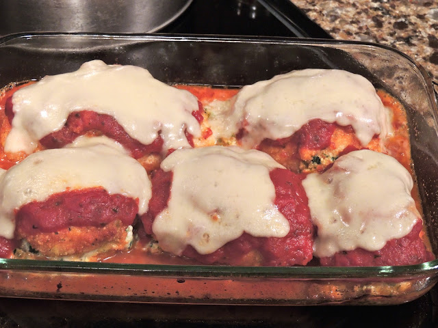 Spread tomato sauce and add mozzarella cheese - Chicken Stuffed with Spinach and Ricotta Cheese  from Walking on Sunshine Recipes.