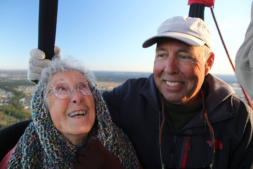90-Year-Old With Cancer Chooses Epic Road Trip With Family Instead Of Treatment - She's even traveled in a hot air balloon!