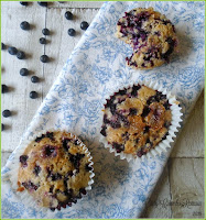 How to make bilberry and spelt muffins