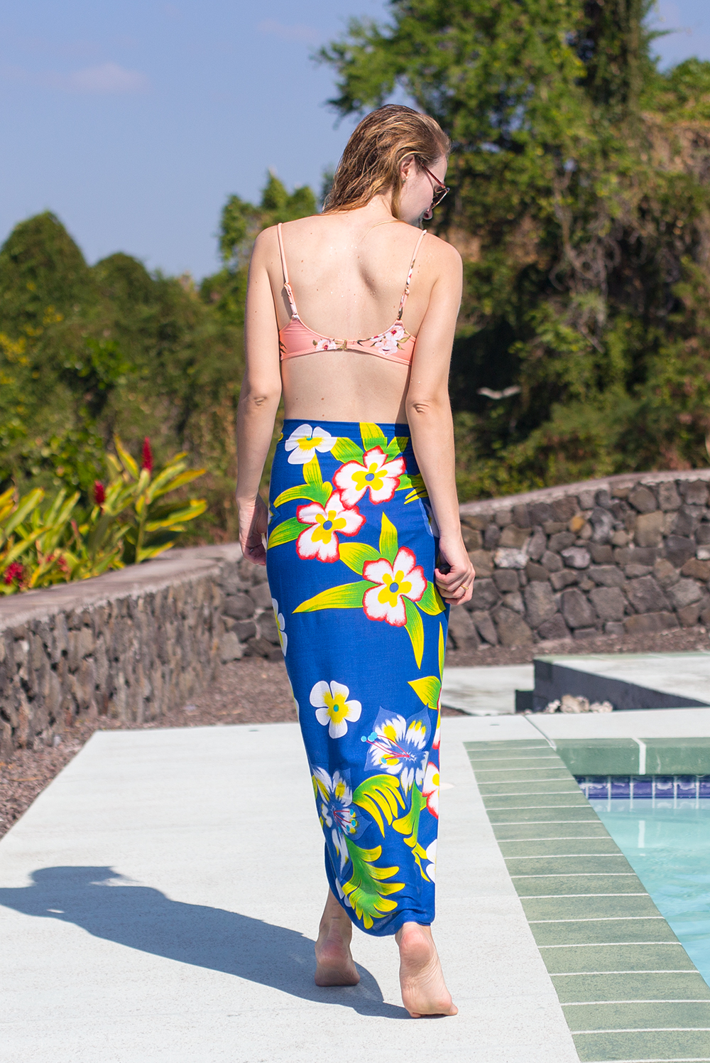 f518c03d7f131 With a refreshing juice or cocktail in hand sun basking by the pool, you'll  need the perfect sarong style to cover up, keep yourself protected from the  sun ...