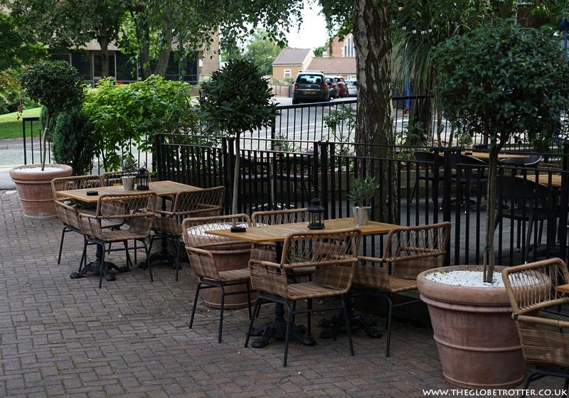 The Globe in Warwick - Pub, Restaurant and Hotel