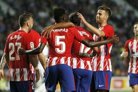 Các ngôi sao ở hàng tiền vệ của Atletico không được bầu vào đội hình tiêu biểu.
