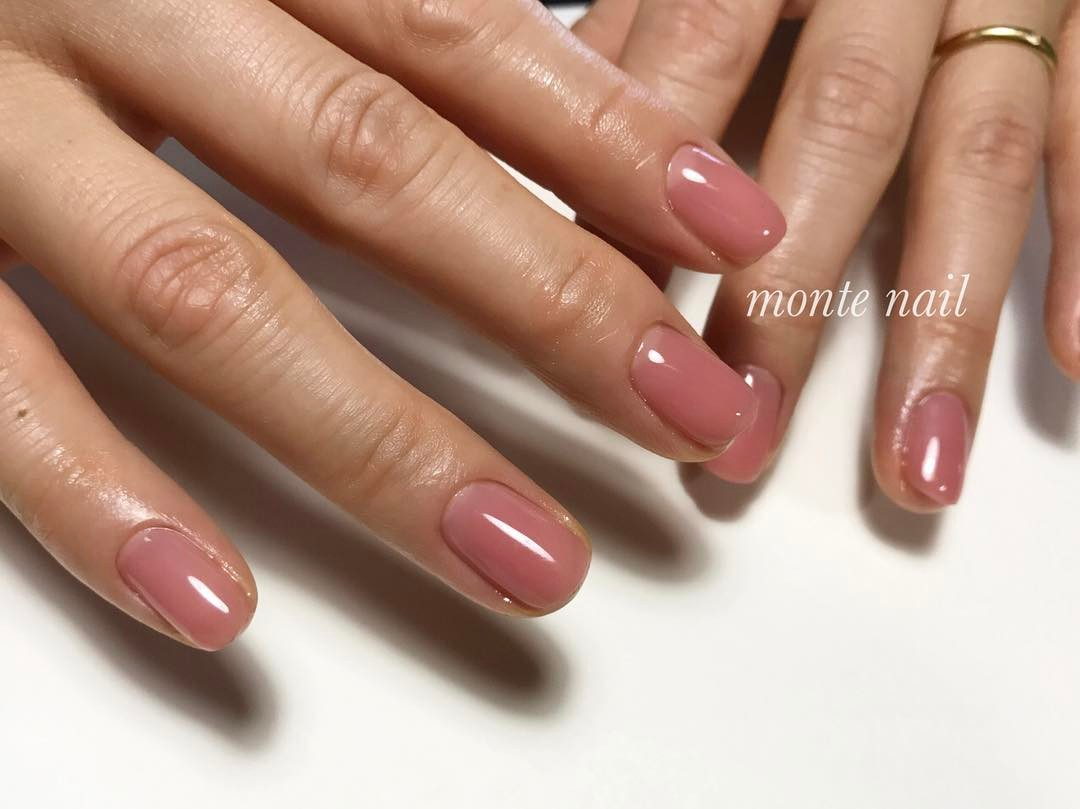 nude-nails-2017
