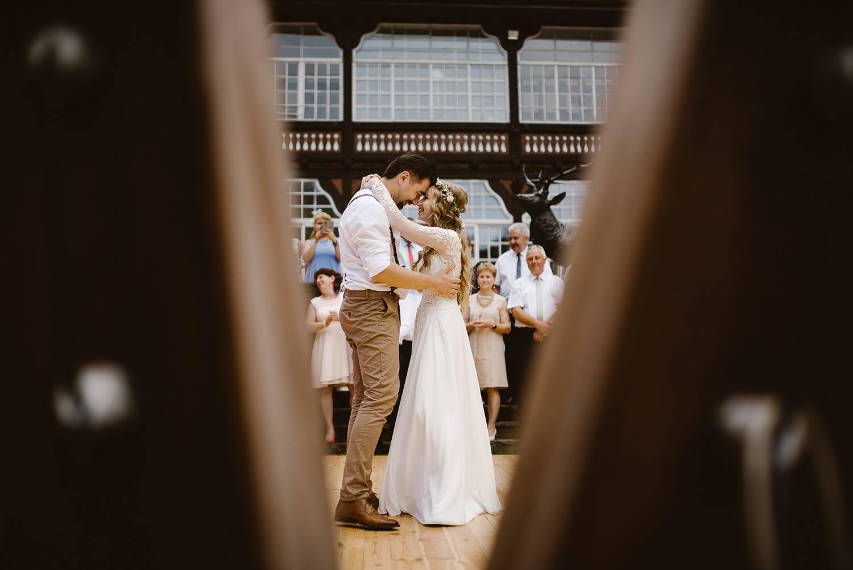 9cd282ace5ff0b Dekoracje, florystyka: Decoki - ślub i kwiaty. Szelki, mucha: soospenders.  Więcej zdjęć znajdziecie pod linkiem: klik.