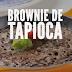 Receita de brownie saudável de tapioca com nozes - feito na frigideira!