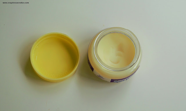 Aroma Essentials Body Pomade in Musk with shea butter
