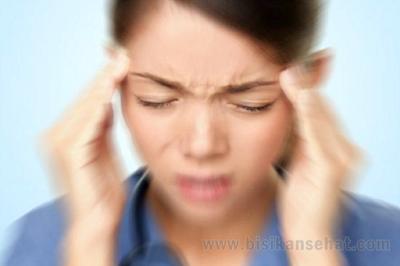 Penyebab Sakit Kepala Migran