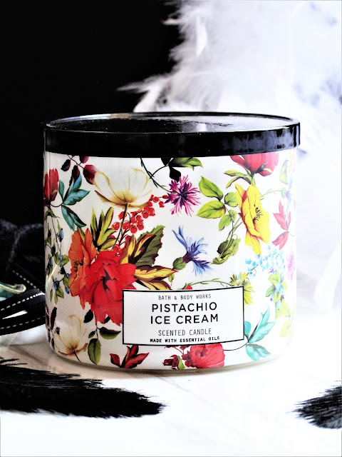 avis Pistachio Ice Cream Bath & Body Works, bougie pistache bath and body works, bougie 3 meches, 3 wick candle, bougie parfumee, acheter bath and body works, blog bougie, candle review, pistachio ice cream review