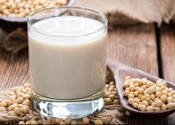 5 Khasiat Penting Susu Kedelai Bagi Ibu Hamil