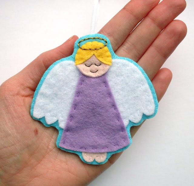Felt Angel Christmas Ornament Tutorial