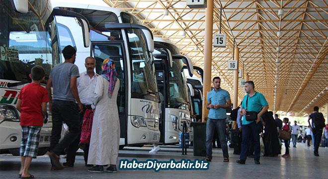 Diyarbakır şehirlerarası otobüs terminalinde bayram yoğunluğu