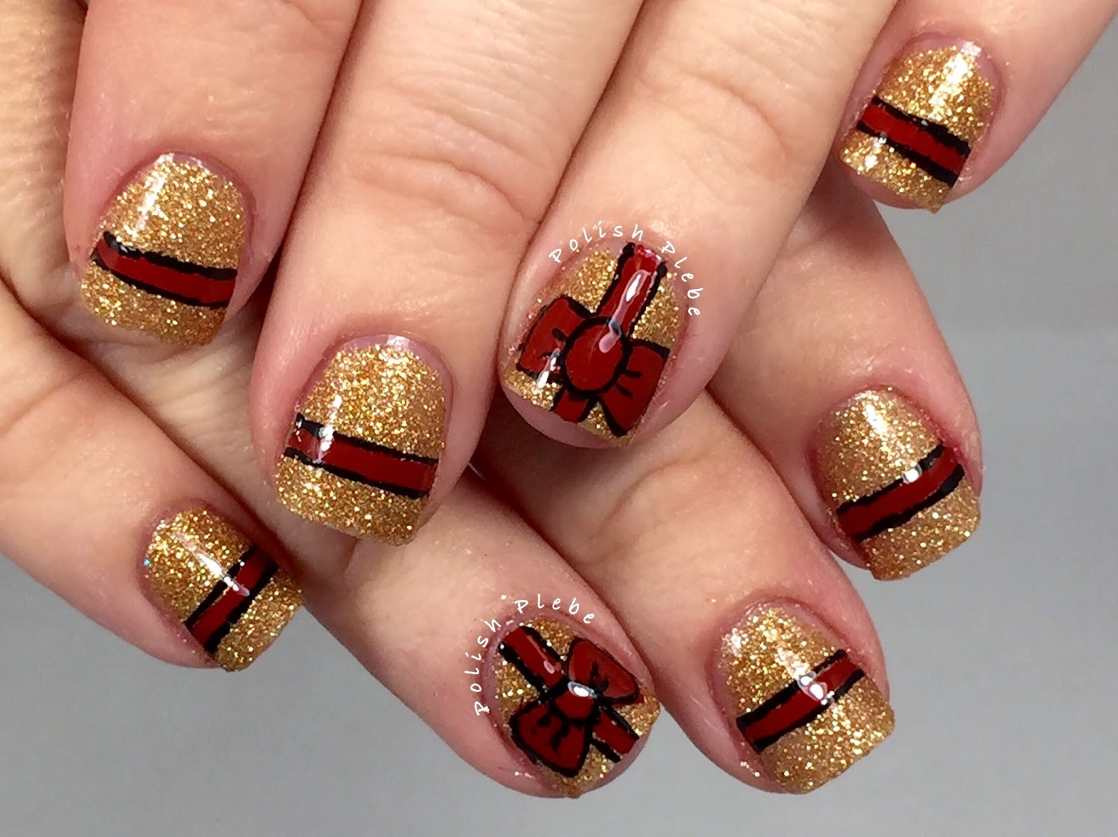 Nails Art: Glitzy Gift Wrapped Nails