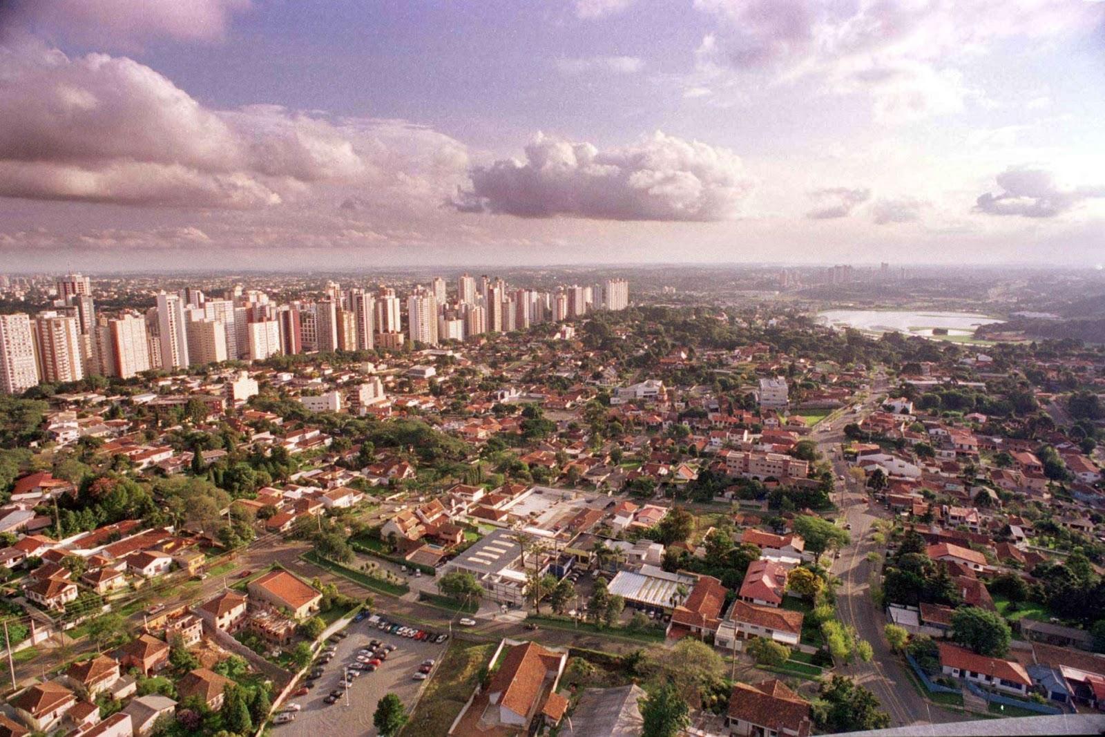 Abertura dos pontos turísticos em Curitiba