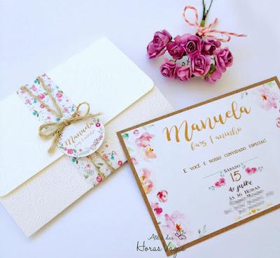 convite artesanal personalizado aniversário infantil 15 anos casamento moderno rústico envelope papel texturizado  estampado floral aquarelado boho chic festa delicada diferente sofisticado papelaria personalizada luxo scrapfesta