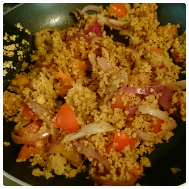 couscous with tomato and red onion