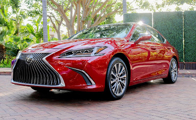 Lexus 2019 ES 300h Review, Specs, Price