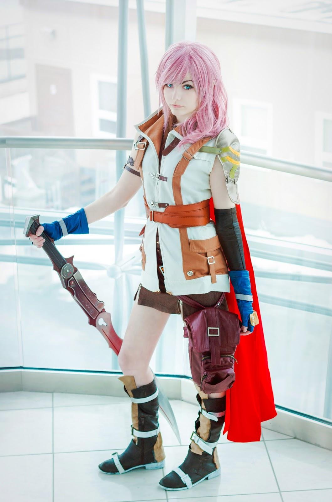 Final Fantasy 13 - Lightning Cosplay - Ri Care
