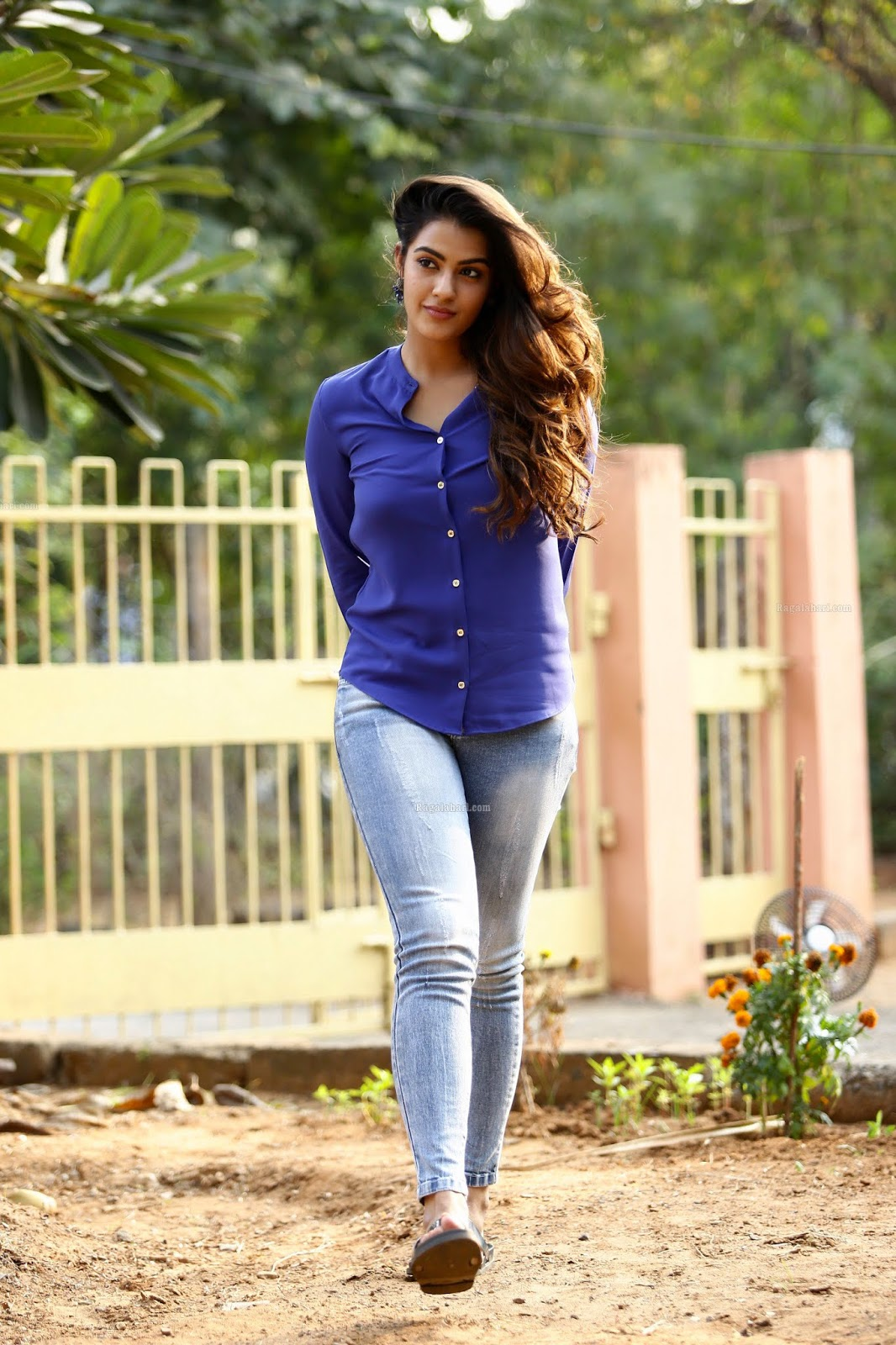 Beauty Galore Hd Kavya Thapar Latest Glamorous Photos In