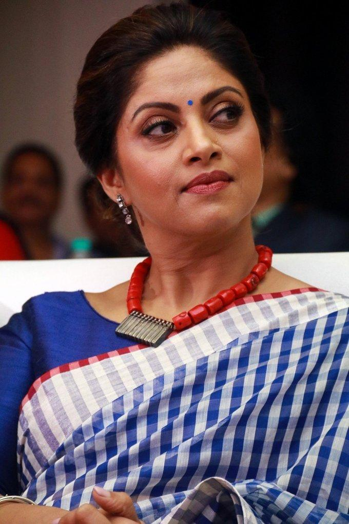 Tamil Actress Nadiya In Blue Saree Society leadership Awards