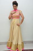 Shilpa Chakravarthy new glam pics-thumbnail-20