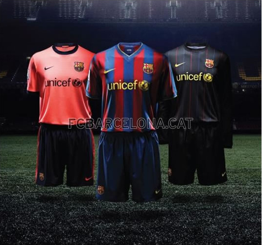 bbff1d0871c The new FC Barcelona soccer kit will be worn for the first time this  Saturday. The design for the first choice strip goes back to the  traditional navy blue ...
