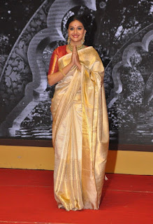 Keerthy Suresh in Saree with Cute and Lovely Expressions at Mahanati Audio Launch 4